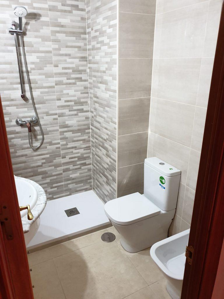 reforma de baño y terraza